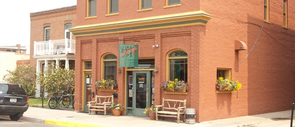 Amicas Pizza & Microbrewery